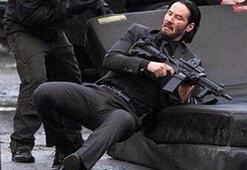 Keanu Reeves dayak yemeyi öğrendi