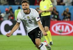 Alman basını, Hectoru kahraman ilan etti