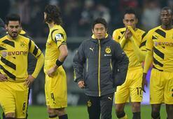Dortmund ligin dibine demir attı