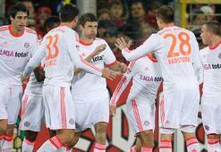 Bayern Münihin en az gol yiyen takım ünvanı sürüyor
