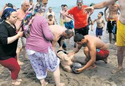 Bartın İnkum'da  53 kişi kurtarıldı