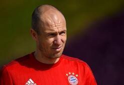 Robben: Bu söylentilere gülüyorum