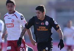 Galatasarayın ilk 11i belli oldu Alex Telles...