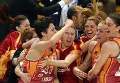 Galatasaray Odeabank startı verdi
