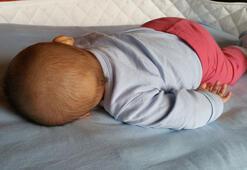 Bebekleri yüzüstü yatırmayın uyarısı