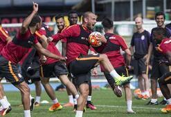 Galatasaraylı futbolculardan epilepsi hastalarına destek