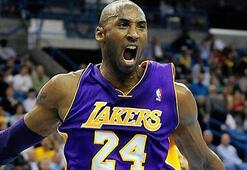 Kobe Bryant isyan bayrağını çekti