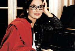 Nana Mouskouri Zorlu Center PSM'de