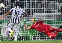 Juventus Tevezle yıktı