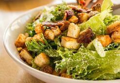 Tavuklu sezar salata tarifi