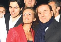 Berlusconi'ye 27'lik nişanlı