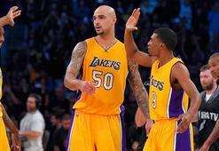 Lakers, Kobesiz kazandı