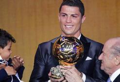 Ronaldo, Ballon dOr ödülünü bağış için sattı