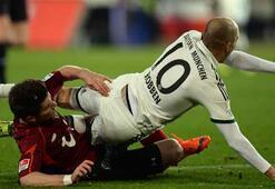Bayern Münihten 19 puan fark