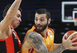 Galatasaray Odeabank evinde Muratbeyi geçti...