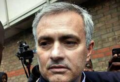 Mourinhoya hırsızlık şoku