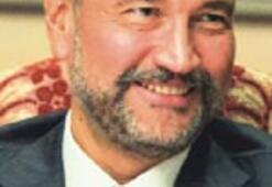 Murat Ülker'in yönetim kurullarında 5 esaslı kadın