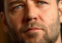 Russell Crowe Köfteyi tercih etti (Russell Crowe İstanbulda)
