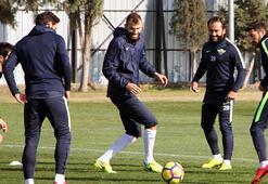 Akhisarsporda Galatasaray maçı hazırlıkları