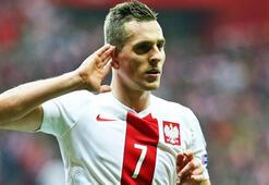 Napoli, Juvestusa transfer olan Higuainin yerine Arkadiusz Milikle anlaştı