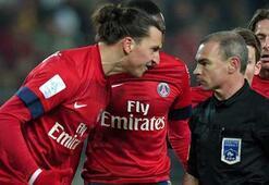 Zlatan Ibrahimoviç hakemi dövüyordu