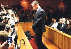 Pistorius kefaletle serbest bırakıldı