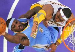 Lakersa bir darbe de Nuggetsdan