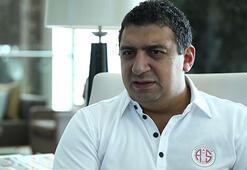 Öztürk: Türk oyuncu hak ederek formayı kapmalı