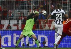 Bayern evinde Juventusu 2 golle geçti