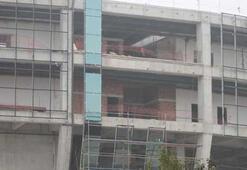 Bursasporun Arenasında dış cephe kaplanıyor