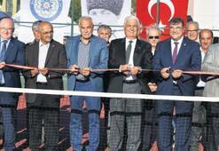 Başkan Gürün'den Ula'ya tenis kortu