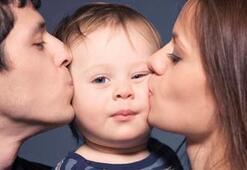 İyi çocuk yetiştirmek için 'Anne-Baba Okulu'