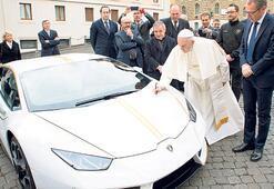 Papa'dan satılık otomobil