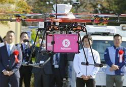 Fukuşimadaki kasaba sakinlerine insansız hava aracıyla servis