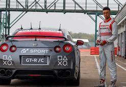 PlayStation kumandasıyla kontrol edilen Nissan GT-R/C rekor hıza ulaştı