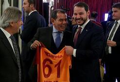 Dursun Özbekten Berat Albayraka Galatasaray forması