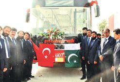Pakistan metrobüsüne Türkiye damga vurdu