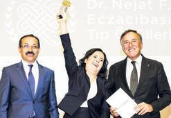 Nejat Eczacıbaşı Tıp Ödülleri  sahiplerini buldu