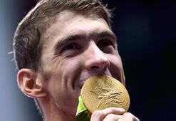 Phelps yüzmeyi bıraktı, golfe başlıyor
