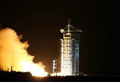 İlk kuantum uyduyu Çin fırlattı