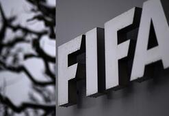 FIFAdan eski üyelerine men cezası