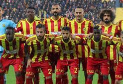 Evkur Yeni Malatyaspor'da yenilgiye rağmen yüzler gülüyor