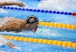 Phelps: Havuzda işiyorum