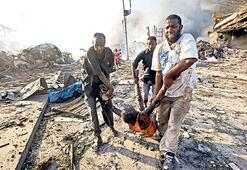 Somali'de bombalı dehşet