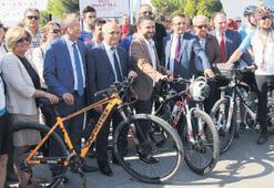 Manisa'yı saracak bisiklet yolu açıldı