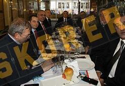 Galatasaraylı yöneticiler yemekte buluştu