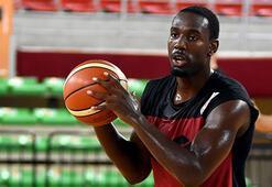 Pınar Karşıyakadan FIBA çıkarması