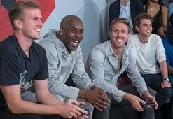 Arsenalin yıldız futbolcuları NBA 2K18 turnuvasında karşı karşıya geldi