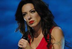 Ünlü şarkıcıdan eski eşe şantaj davası: Beni öldürmekle tehdit ediyor