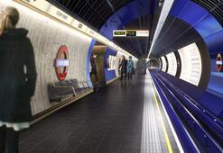 Dünyanın ilk metrosu ilk kez gece seferi yapacak